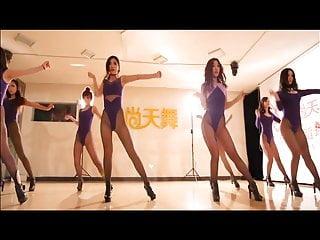 Leggy Chinese girls