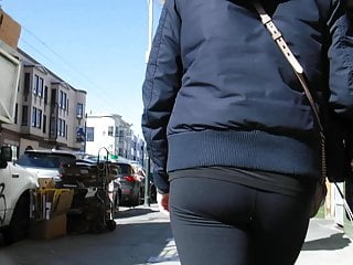 BootyCruise: Black Leggings Babe 2