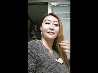 Chinese mature mom-1