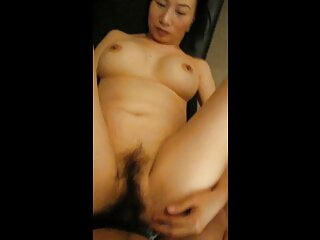 Cantonese wife in action